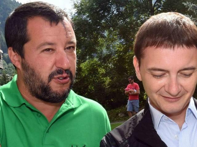 """Salvini, la sinistra contro suo spin doctor per la foto col mitra: """"Si armi di cervello"""". Saviano: """"Morisi è persona pericolosa"""""""