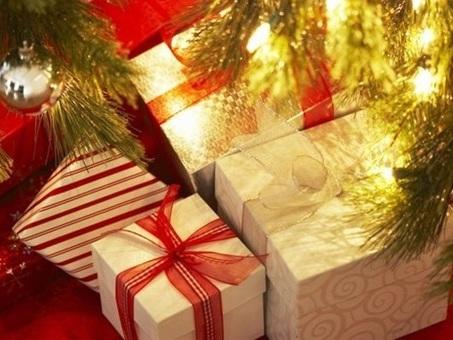 Natale: sotto l'albero anche i ?ritocchini estetici? per lui e per lei