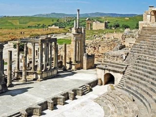 Tunisia, viaggio nel sito archeologico di Dougga