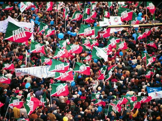"""L'essenza di Forza Italia e la """"resistenza"""" dei liberali"""