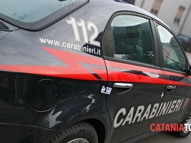 Controlli dei carabinieri a Giarre, multe per duemila euro e denunce