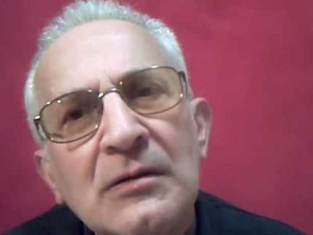 """Il prete anti-Salvini insulta ancora: """"È un pezzo di m..."""""""