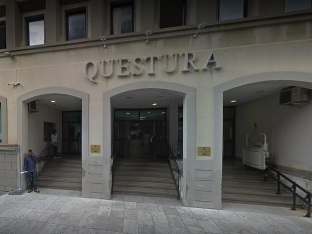 Reggio, stranieri senza biglietto attaccano e feriscono agenti Polfer