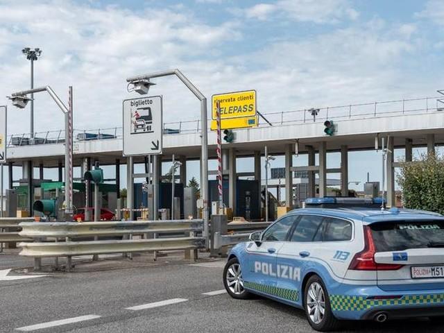 Traffico di rifiuti: arrestato in bus a Gorizia mentre cerca di lasciare l'Italia
