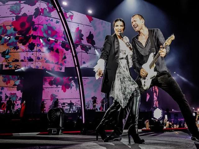 Messina. 40 mila al concerto di Laura Pausini e Biagio Antonacci: «Siete grandi»