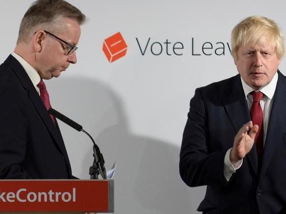 La Brexit light spacca i Tories. Gove evoca il voto: elettori liberi di non rispettare l'accordo