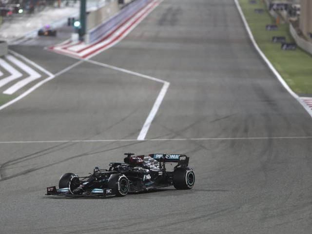 Classifica Mondiale costruttori F1 2021: Mercedes in testa con sette punti sulla Red Bull. Ferrari quarta a -26