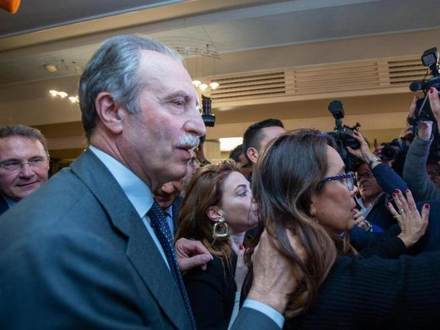 Elezioni in Basilicata, il centrodestra verso la vittoria, centrosinistra staccato di 9 punti. Crolla il M5S