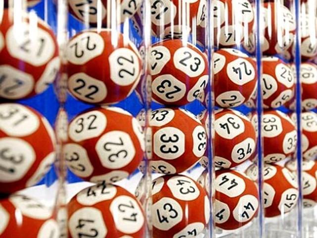 Ultime estrazioni del Lotto, 10 e Lotto e Superenalotto: i numeri vincenti estratti il 15 gennaio 2019