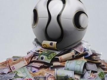 Parte la Serie A, così il calcio narcotizza le coscienze