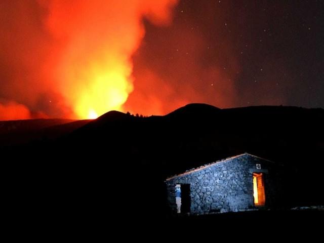 La ripartenza è all'aria aperta: così le gite sui vulcani trainano il turismo in Sicilia