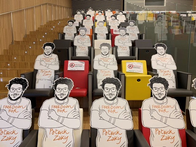 """L'iniziativa """"Una sedia per Patrick Zaky"""" mette radici a Siena"""