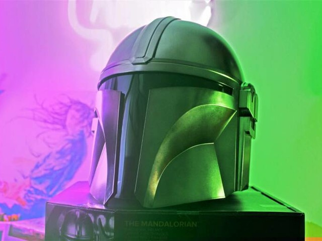 Interview with Chris Reiff, STAR WARS Product Designer for The Mandalorian Helmet