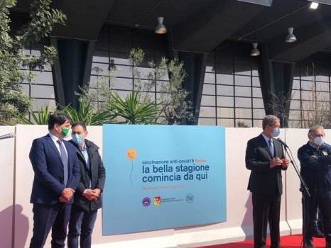 """A Catania inaugurato il secondo hub vaccinale della Sicilia, Musumeci: """"Da qui parte la speranza"""""""