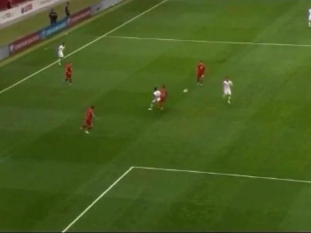 VIDEO – Milik, sinistro letale: si sblocca in nazionale, che goal!