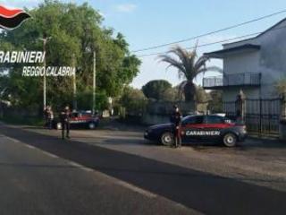 Violenze ai genitori e continue richieste di denaro Arrestato a Reggio per maltrattamenti ed estorsione