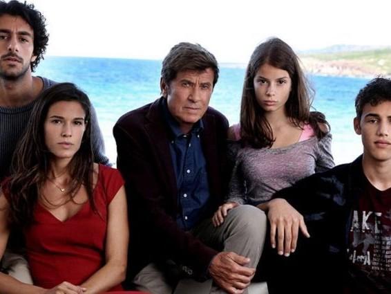 'L'isola di Pietro 2', al via le riprese: nel cast con Gianni Morandi le new entry Cuccarini e Canalis