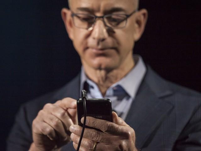 Lo smartphone di Jeff Bezos hackerato su WhatsApp è un iPhone X