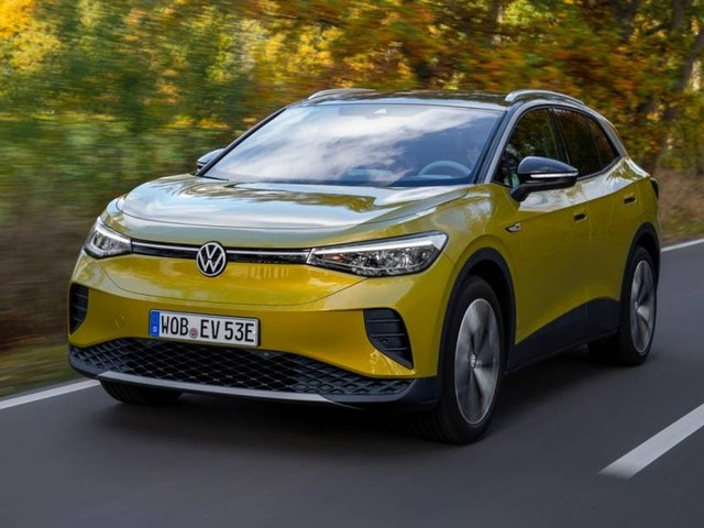 Volkswagen ID.4 - Aperti gli ordini per la Suv elettrica