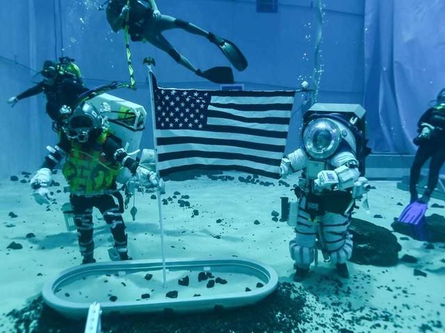 Missione lunare Artemis, la NASA dà il via alle simulazioni subacquee