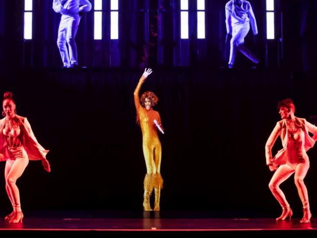 Whitney Houston di nuovo sul palco a 8 anni dalla scomparsa: una fantastica illusione in tre dimensioni