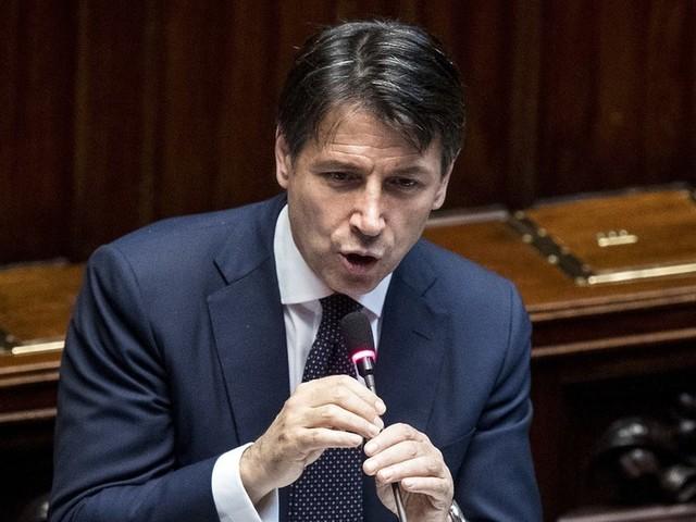 Mes, Conte si difende in Aula. Ed è scontro duro con Salvini