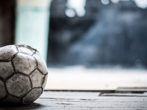 Calcio e serie TV in streaming illegale: bloccati 114 siti dalla Guardia di Finanza
