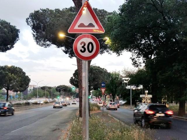 Roma - Su Colombo, Aurelia e Salaria restano i limiti di velocità