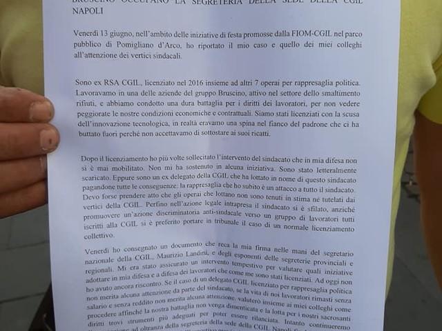 Occupano sede della Cgil a Napoli: la protesta dei licenziati Ambiente