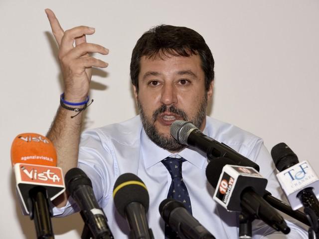 """Manovra, Salvini: """"Governo di bugiardi, ladri di lavoro e di futuro"""""""
