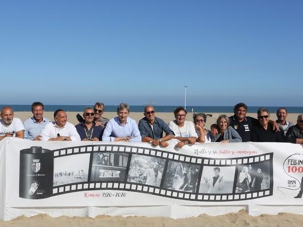 Dedicati a Fellini frangi-sabbia Rimini