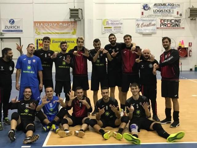 Volley, Serie B: la Paoloni Macerata rimonta il Virtus Paglieta e vince al tie-break