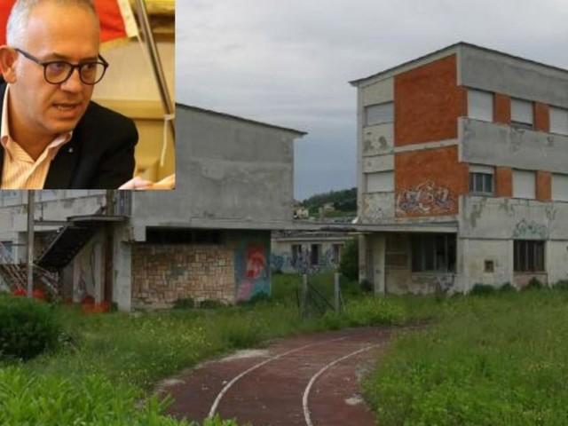 """Civitanova, via libera alla vendita dell'ex liceo scientifico: """"un paradosso il no dell'opposizione"""""""