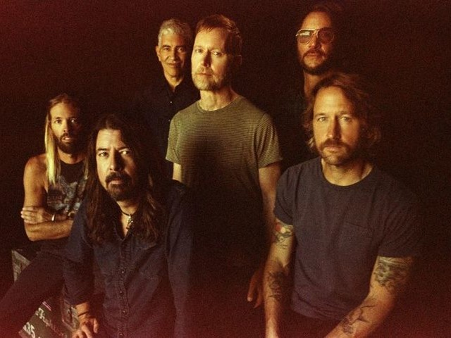 I Foo Fighters condividono l'anteprima di un'altra nuova canzone: ascolta