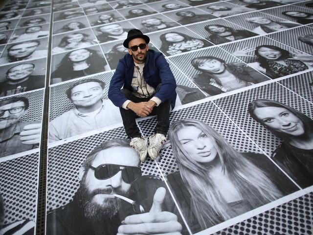 Inside Out, arriva a Palermo l'installazione di 4mila ritratti dello street artist francese JR
