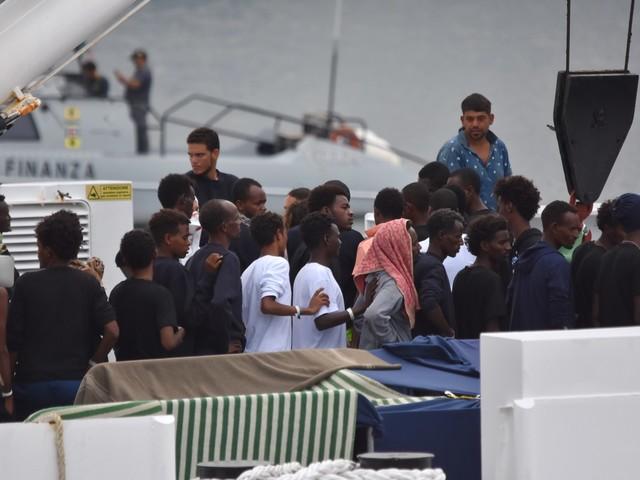 Pioggia di soldi per i migranti: 170 milioni per l'accoglienza