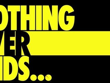 Watchmen: il primo teaser della serie di HBO svela un misterioso uomo in giallo