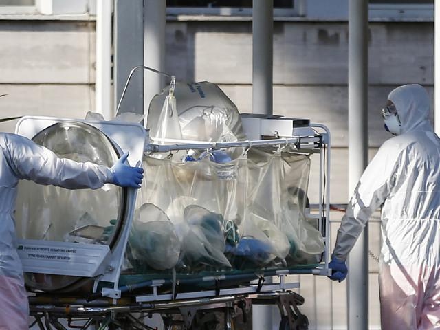 Coronavirus, contagi sopra i 21mila: è il 12,3% dei tamponi. Ma le vittime sono 221