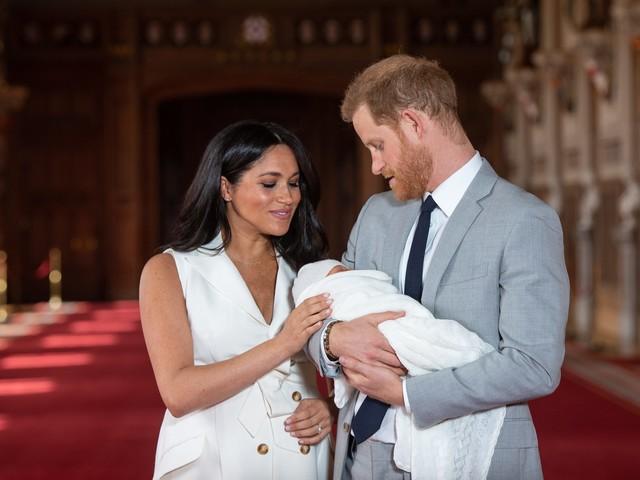 Archie ha una nuova tata, Meghan Markle le ha fatto firmare un accordo di riservatezza