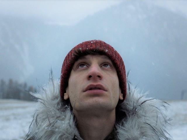 Paradise - Una Nuova Vita: trailer del film di Davide Del Degan (Al cinema dall'8 ottobre)
