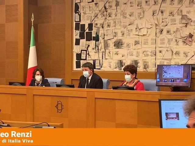 """Governo, Renzi """"Mai ribaltoni con la destra"""""""
