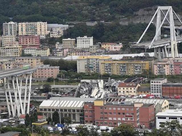 Ponte Morandi, duelli Toti-Toninelli mentre le madamine di Torino calano a Genova e si alleano con Balilla