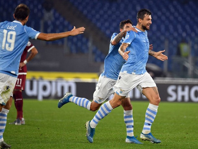 Cinque partite senza subire gol, la difesa è un bunker. Inzaghi ha trovato il suo terzetto