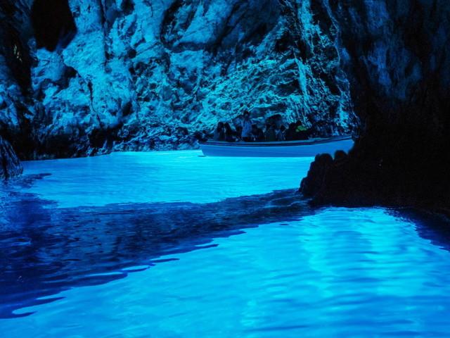 Meraviglie del mare: le grotte marine più belle d'Europa