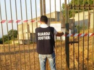 La drammatica condizione dei depuratori in Calabria Blitz a Reggio: sequestrati 14 impianti, 53 indagati