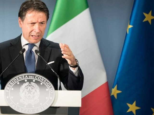 Governo, retroscena Corriere su Conte: 'Se fallisse verifica pronto a staccare la spina'