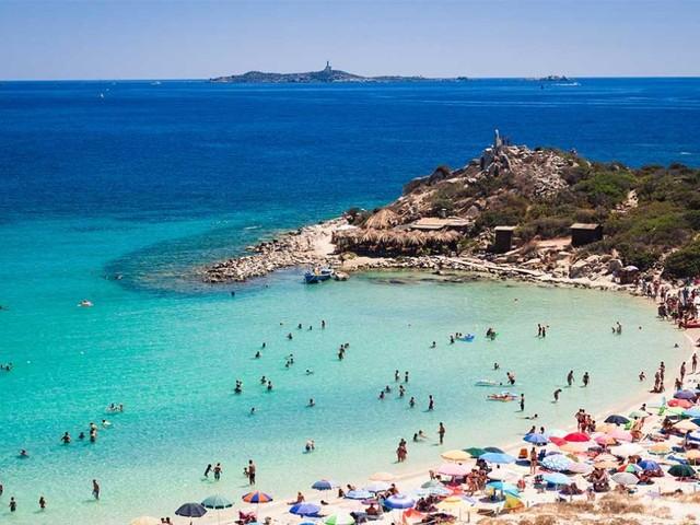 Punta Molentis, la Sardegna che gli spot pubblicitari amano