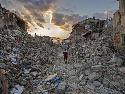 Terremoto, ad Amatrice come all'Aquila