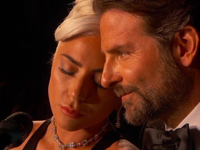 """Lady Gaga parla di Bradley Cooper: """"Ma quale amore, vi abbiamo fregato, ci siamo inventati tutto"""""""