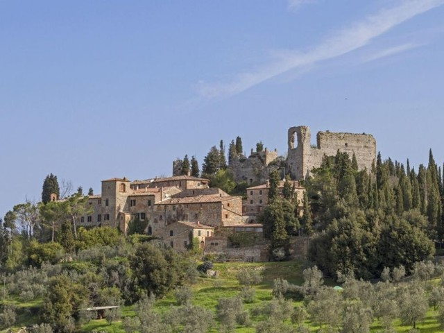 Montisi, piccolo gioiello nel cuore della Toscana